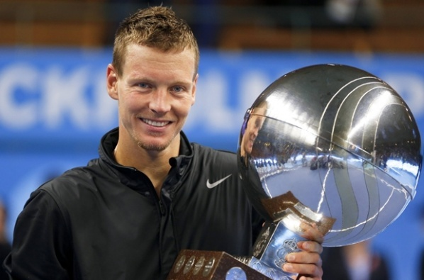 Berdych equalized the series against Spain with victory over Almagro