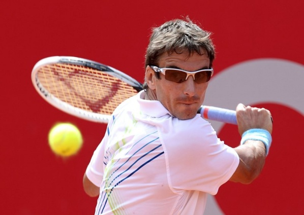 Tommy Robredo with a first title since 2011