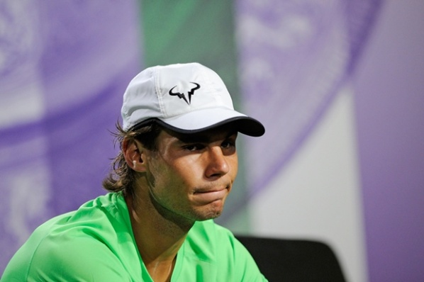The problems in the knee again tortured Nadal
