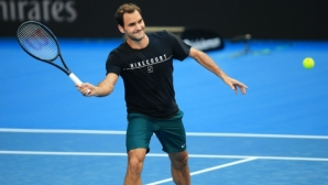 A record audience for Federer`s training in Perth